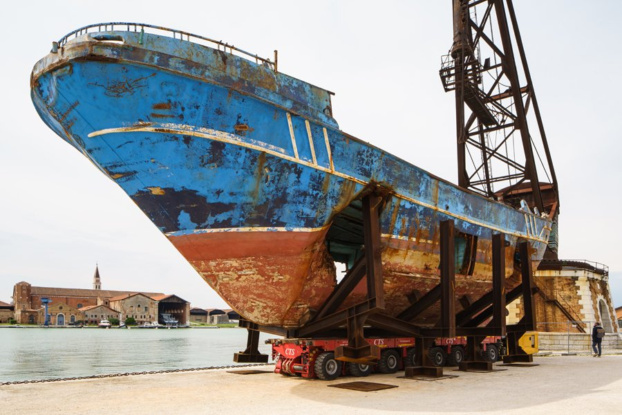Christoph Büchel: Barca Nostra, 2018-2019. Shipwreck 18th of April 2015. 58th International Art Exhibition - La Biennale di Venezia. Photo: Andrea Avezzù