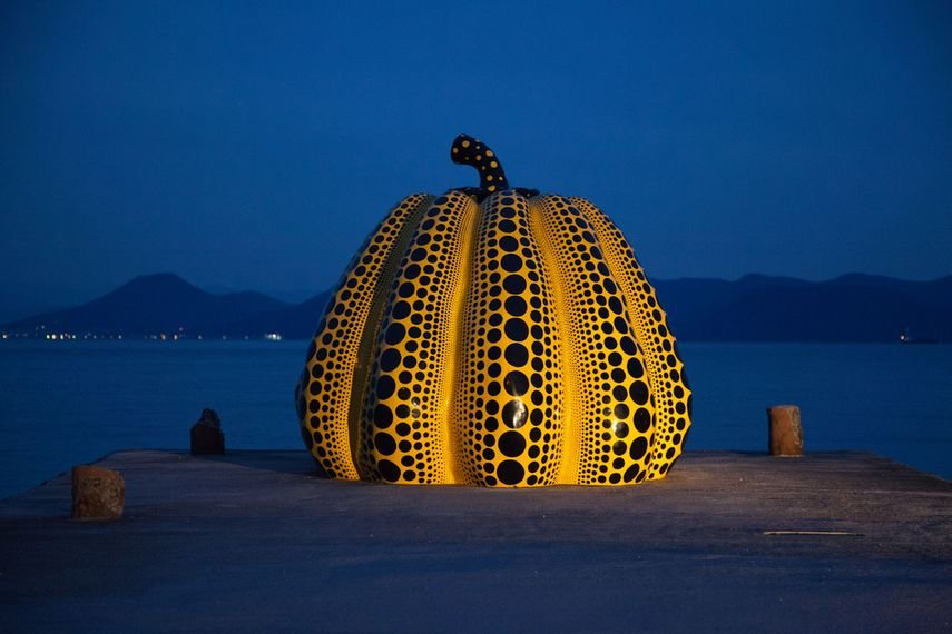 Yayoi Kusama's Pumpkin (1994) on Naoshima Island in Japan, Creative Commons