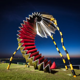 Karl Meyer, Life Support, Sculpture by the Sea, Cottesloe 2019 ©Richard Watson