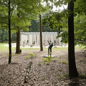 Sculpture garden with Aldo van Eyck pavilion. Photo: Walter Herfst. Copyright: Kröller-Müller Museum